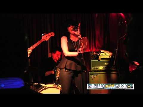 Soraia - live at Kung Fu Necktie
