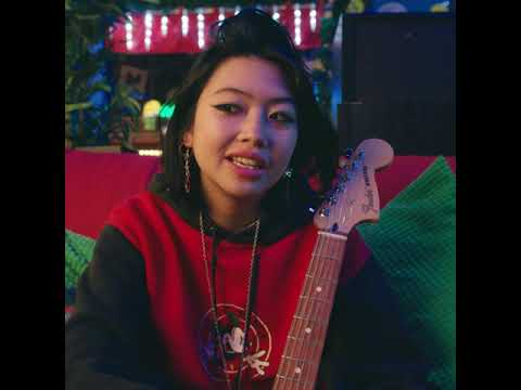 beabadoobee | Player Series | Fender