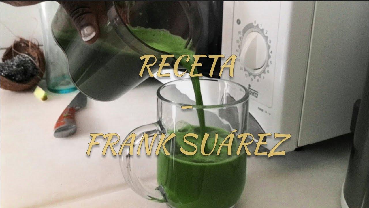 Probando jugo verde de Frank Suárez