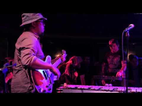 Tortoise - Shake Hands With Danger (Live at Thalia Hall)