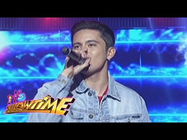 "It's Showtime: James Red sings ""Questions"""