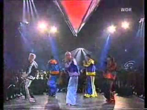 N Sync - Together again, Giddy up, Tearin up my heart (live).wmv
