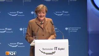 Angela Merkel sucht das F-Wort (IT-Gipfel 2014 Hamburg)