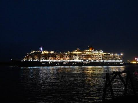 """Queen Victoria"" departs Southampton for Hamburg - 03/01/2018"