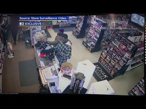 JJ Ryan - Video Shows Brothers In Jussie Smollett Attack Buying Masks & Supplies