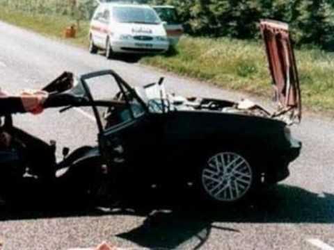 accident de voiture securit routiere a peut choquer youtube. Black Bedroom Furniture Sets. Home Design Ideas