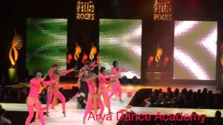 IIFA ROCKS 2014 Ram Leela Arya Dance Academy Performing with Bhoomi Trivedi