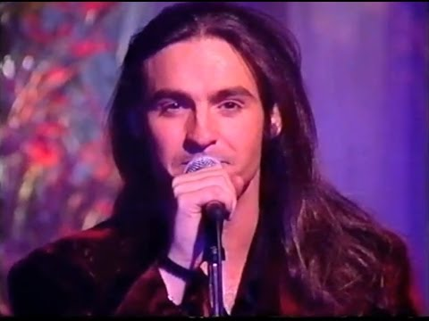Wet Wet Wet  Love Is All Around  Christmas Top Of The Pops 1994