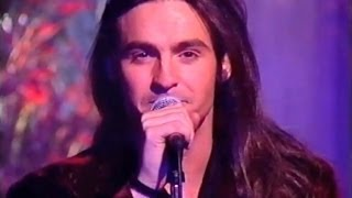 Wet Wet Wet - Love Is All Around - Christmas Top Of The Pops 1994