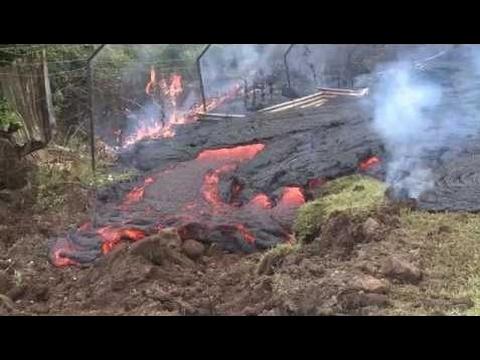 Puna lava flow reaches Pahoa village on Hawaii