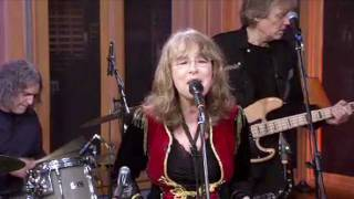 QUARTERFLASH - Harden My Heart (Live December 2011)