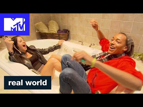 Celebrate 25 Years of Entering the Real World's UNREAL Homes | MTV