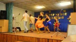 Самый веселый танец Буги вуги(Не судите строго, ставили танец за 3 тренировки) Качество 720., 2013-11-29T07:39:55.000Z)