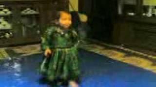 Afghan girl dance.3gp