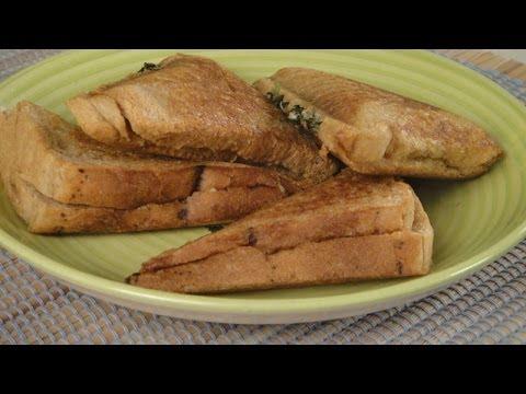 Palak paneer sandwich sanjeev kapoor khazana youtube forumfinder Images