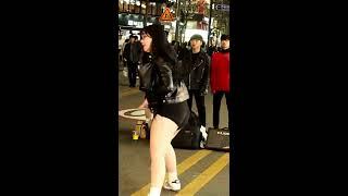 """템테이션(Temptation-fanpage)&그레이스(GRACE)연합 Busking""""Level Up """"(Ciara)신촌 Busking [직캠 L.A.C.E]"""