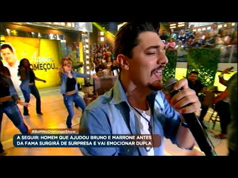 """George Henrique e Rodrigo agitam a plateia do Domingo Show com o sucesso """"De copo em copo"""""""
