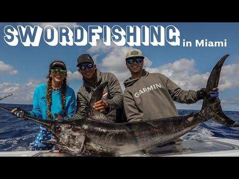 Fishing For SWORDFISH In Daylight!!!