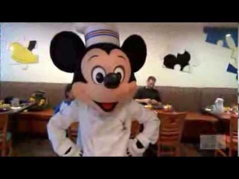 Disney Character Fun at Chef Mickey's