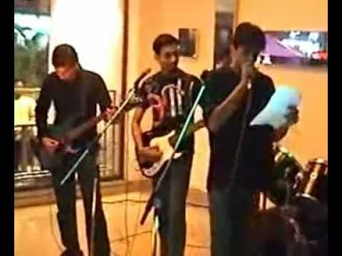 Second Skin - LIVE at Cafe Coffee Day