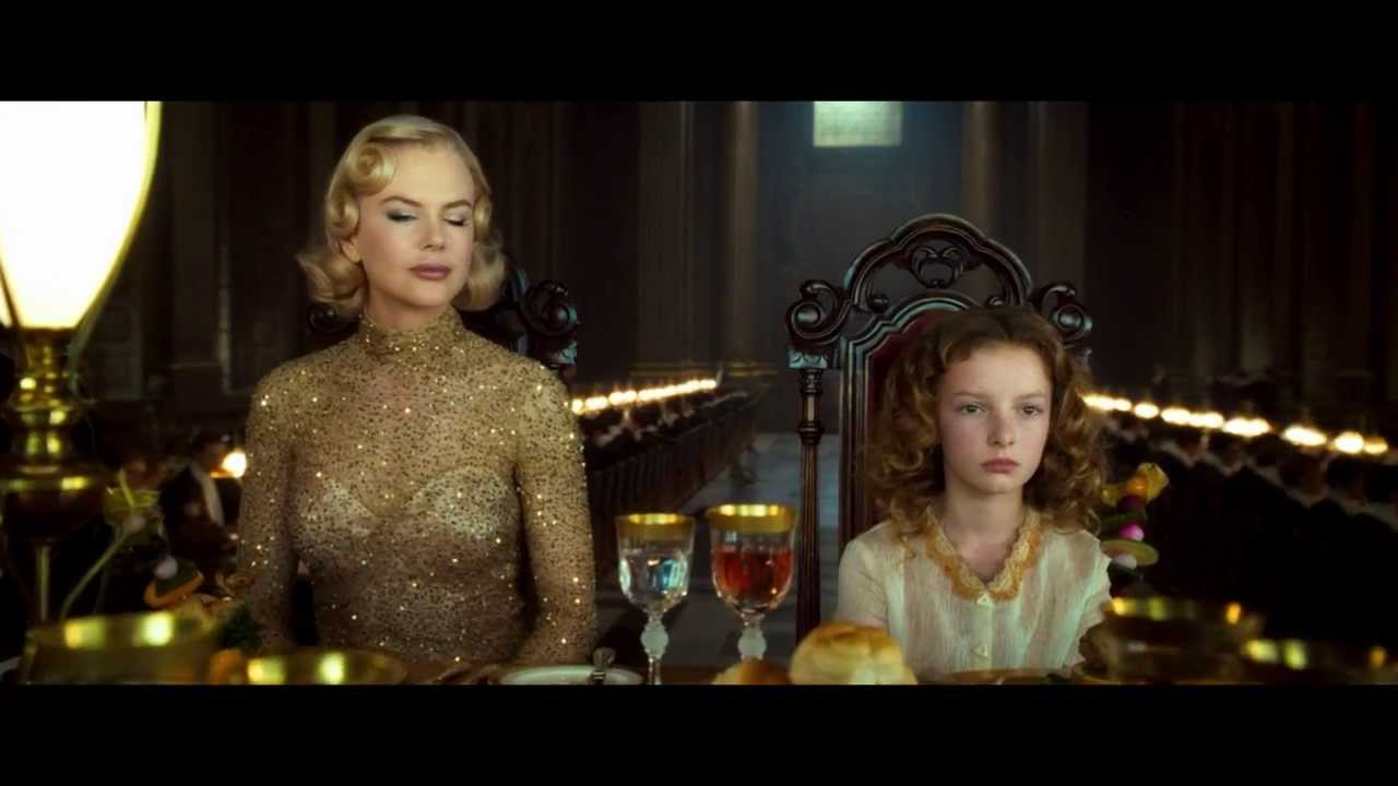 Goldencompass shows sex