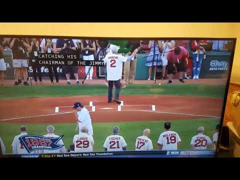 Ceremonial first pitch goes wrong, CAMERAMAN HIT IN THE NUTS (HILARIOUS)