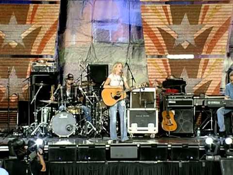 Pauline Reese - Trail to Monterrey (Live at Farm Aid 2006)