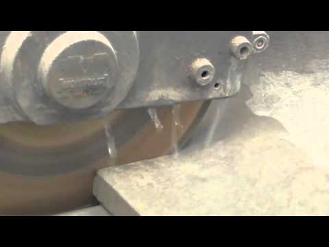 Disco diamantato per il taglio ad umido di lastre in gres porcellanato di alto spessore