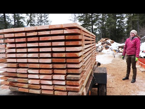 HONKIN' STACK OF WOOD! (Making Lumber on Sawmill)