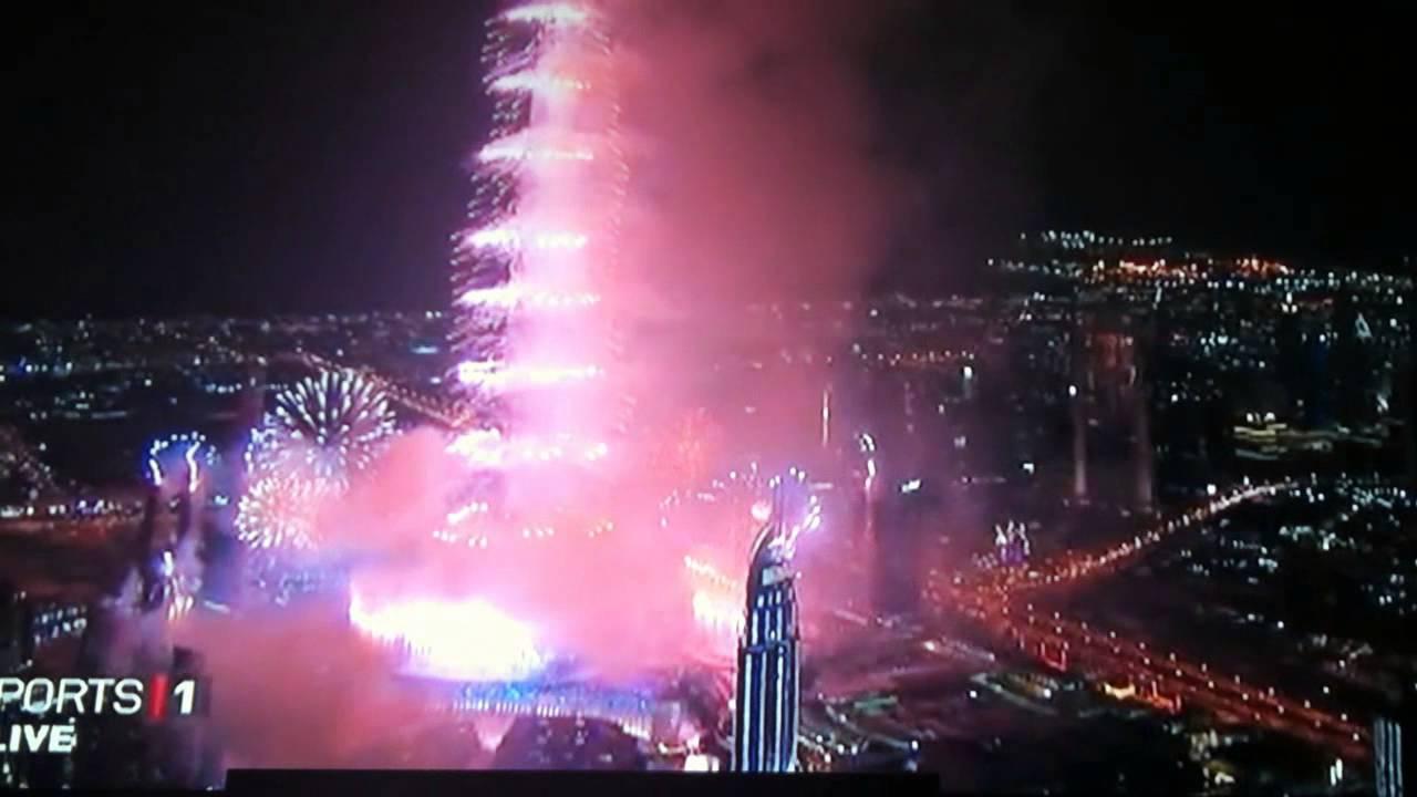 2013 Fireworks In Burj Khalifa Dubai New Year Eve Full Hd Youtube