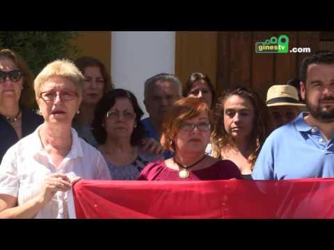 Minuto de silencio a las puertas del Ayuntamiento en repulsa a los asesinatos de Orlando