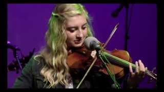 Susanna Heystek at the Horizon Stage - Yellow Rose of Texas medley