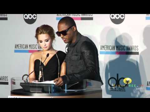 American Music Awards Nominations - Both Chris Brown and Rihanna are nominated