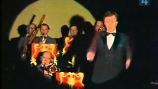 """Андрей Миронов - Журчат ручьи (песня из фильма """"Весна"""")"""