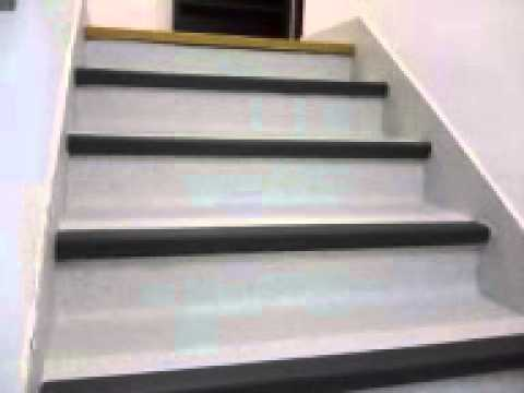 Escalera sanitaria con nariz de seguridad youtube for Escaleras de cemento para interiores