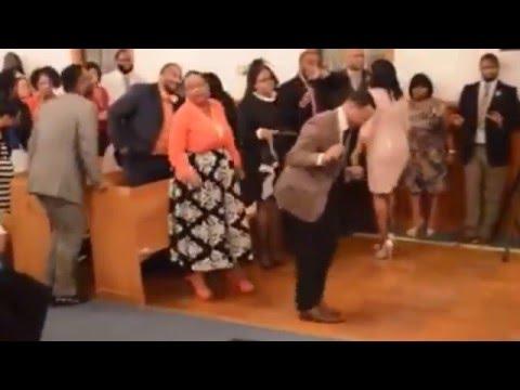 Cristianos bailando champeta