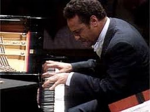 Andre Watts: Rachmaninoff Piano Concerto # 2 (1988 Performance)