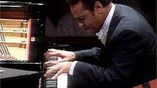 Andre Watts: Rachmaninoff Piano Concerto # 2 (1988 Performance)