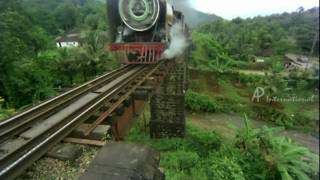 Murattu Kaalai | Tamil Movie | Scenes | Clips | Comedy | Songs | Rajni train stunt