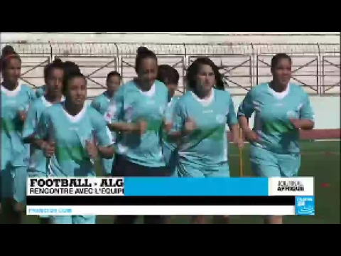 Rencontre avec l'équipe féminine de football de Relizane