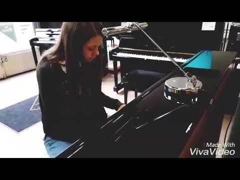 Je joue du piano dans le magasin !😜
