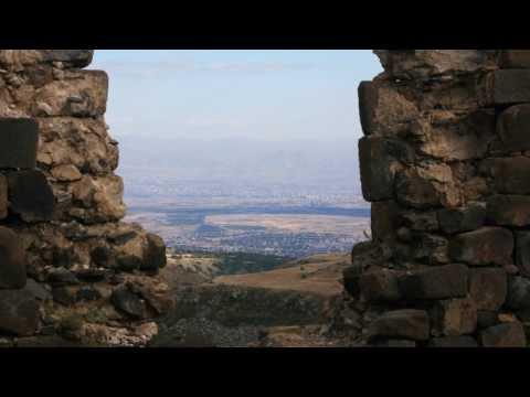 Армения. Крепость Амберд и монастырь Кечарис
