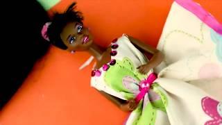 Лайфхаки с Барби (Barbie,barbie doll). Делаем сами платье для куклы. / Видео