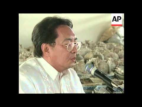 PHILIPPINES: SUNKEN CHINESE JUNK TREASURE HANDED OVER TO MUSEUM