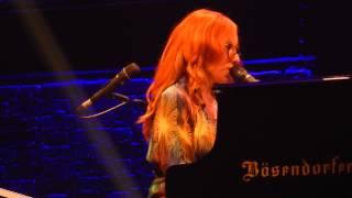 "Tori Amos ""Girl"" at Bob Carr Performing Arts Centre in Orlando, FL"