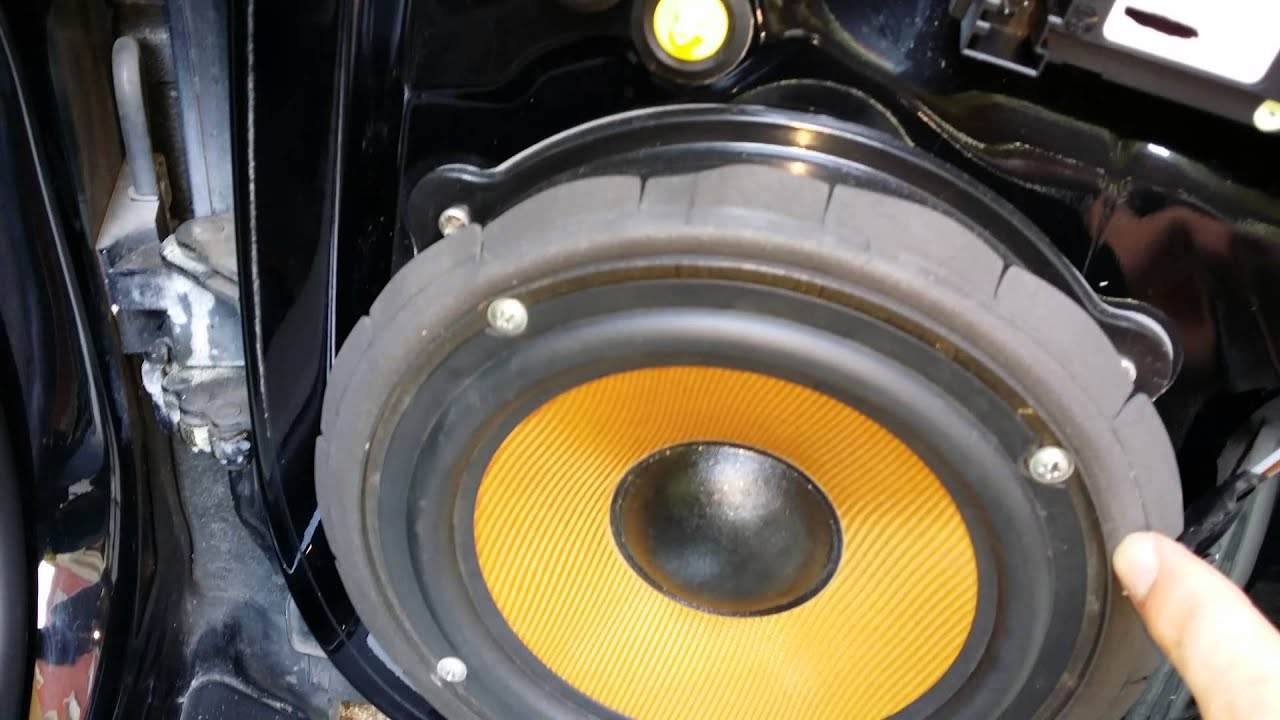 Tutorial sostituzione woofer audi a3 8p  YouTube