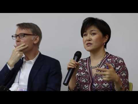 Q&A: Editor-in-chief of the New York Times, Voice of America Thailand, and Bloomsburg