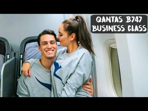 QANTAS BOEING 747 BUSINESS CLASS | Philippines - VLOG #69