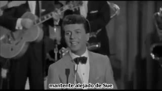 Runaround Sue Subtitulado Español - MusicVista