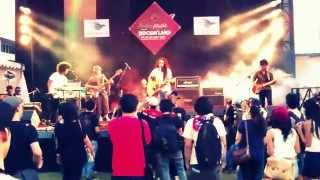 Gambar cover The Song - Ray D'Sky (live)